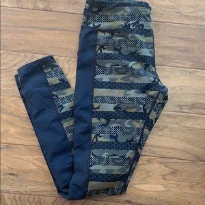 Nike Dri-fit Camo workout leggings/ pants Sz. L